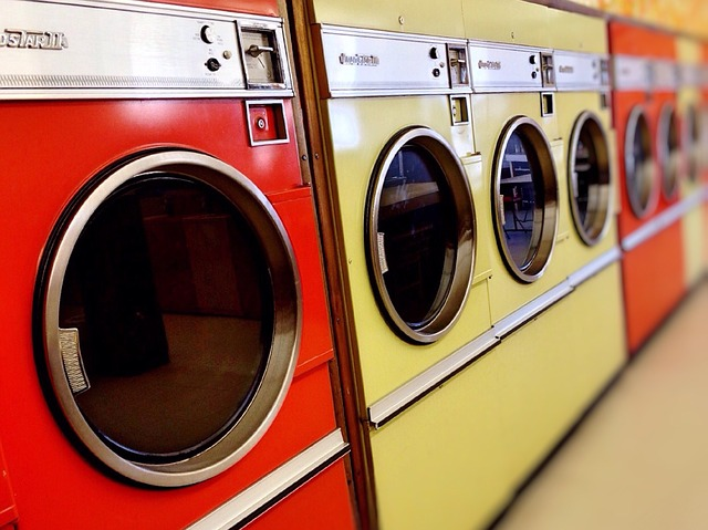 laundromat-928779_640
