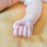 赤ちゃんの体重はいつから増える?知っておくと絶対安心な体重変化
