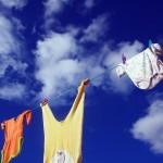 赤ちゃんの衣類は大人と別で洗う必要がある?湿疹などができにくい専用洗剤と口コミを紹介